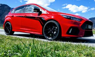Ford Focus RS+ Race Red
