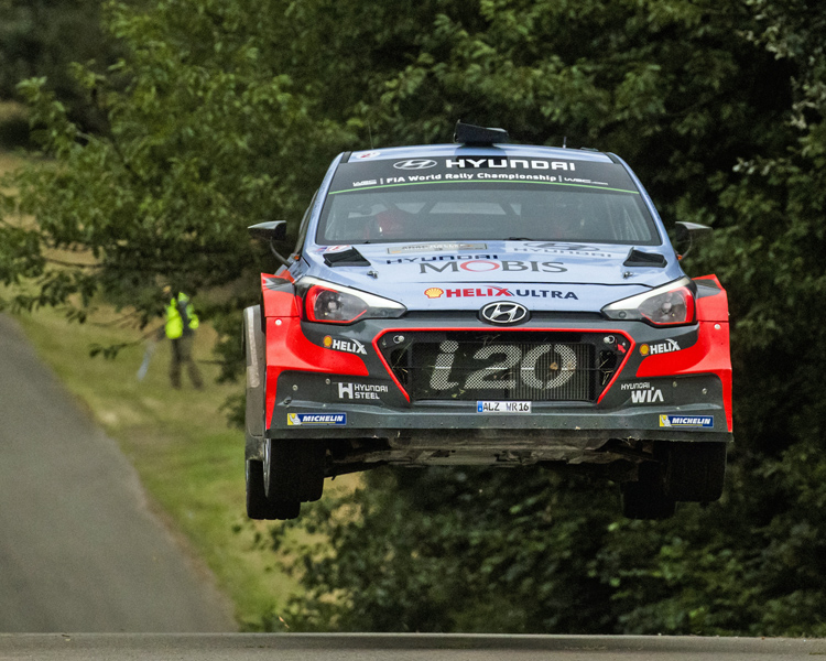 Thierry Neuville - Nicolas Gilsoul